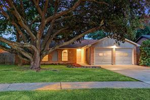 Houston Home at 2827 Heritage Bend Drive Webster , TX , 77598-3020 For Sale