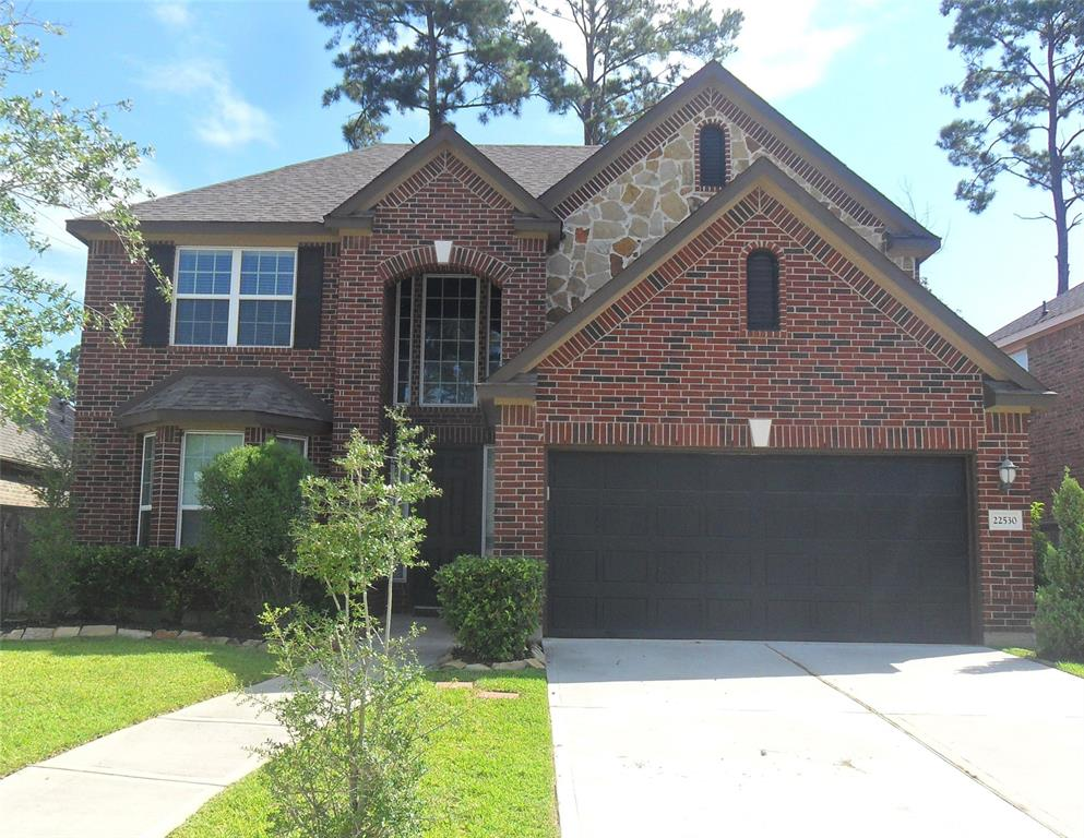 Cozy 2 story home with 4 bedrooms, master down located in a fairly new subdivision Sawmill Ranch.   Located in proximity to the Woodlands near Exxon,  open kitchen with granite countertop; sprinkler system installed and remote control garage door with key pad; Exemplary Klein ISD School District; near major highways and shopping