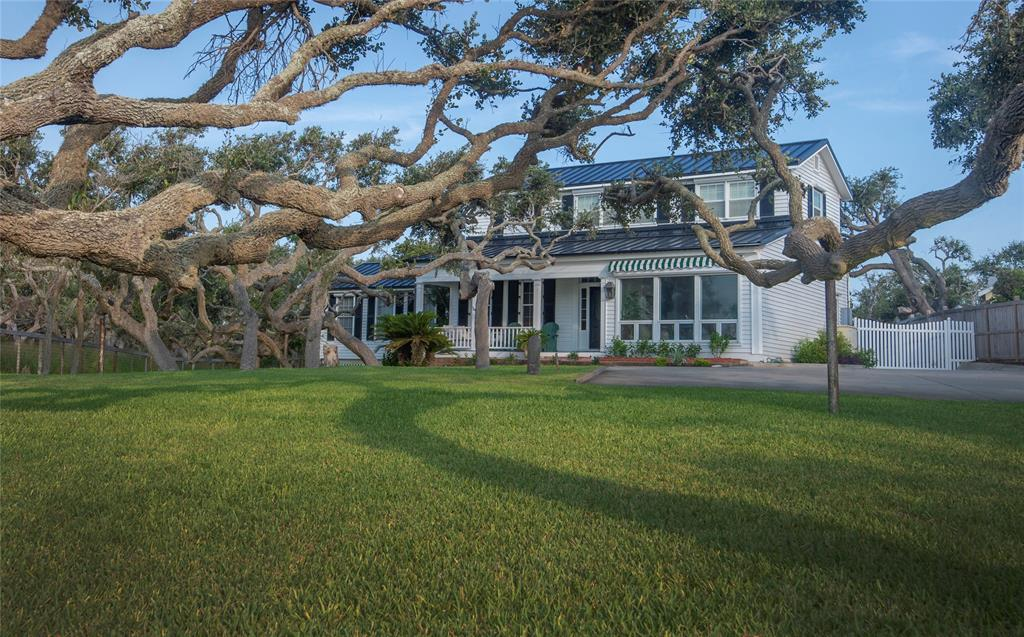 1871 N Fulton Beach Road, Rockport, TX 78382