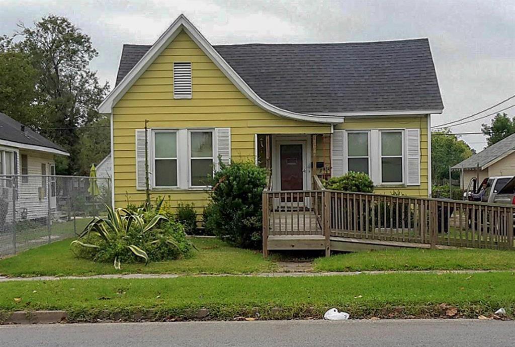 1681 Corley, Beaumont, TX 77701
