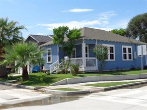 4302 Avenue R 1/2, Galveston TX 77550