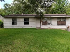 8154 Sandhurst, Houston TX 77033