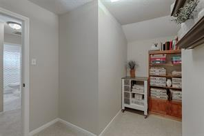 Bonus nook upstairs: great for study, library, reading corner or additional storage.
