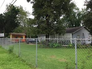 528 n dell dale street, channelview, TX 77530