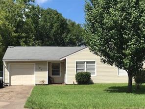 129 laurel street, lake jackson, TX 77566