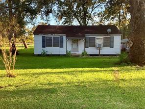 410 e smith street, brazoria, TX 77422