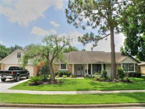 Houston Home at 807 Sandringham Drive Friendswood , TX , 77546-4763 For Sale