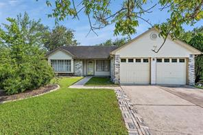 2302 Leading Edge, Friendswood, TX, 77546