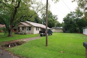 203 Fannin, Tomball TX 77375