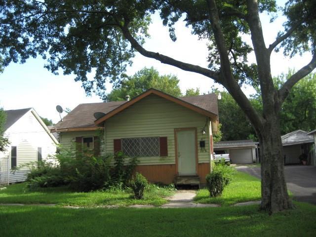 7718 E Magnolia Street, Houston, TX 77012