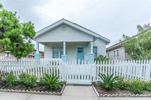 1017 Avenue M, Galveston TX 77550