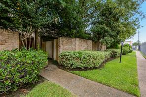 710 Country Place, Houston, TX, 77079