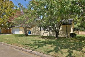 8703 Ryton, Houston TX 77088