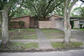 6805 Rowan, Houston TX 77074
