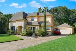 6231 oak pass drive, houston, TX 77091