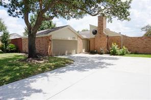 2362 College Green, Houston TX 77058