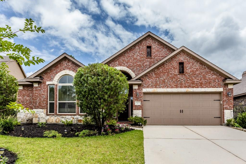 LANDLORD WILL DISCOUNT THE 2ND MONTH RENTAL PAYMENT BY $500 FOR A TENANT THAT MOVES IN ON OR BEFORE OCTOBER 1, 2018 THIS HOME WAS HIGH & DRY DURING HURRICANE HARVEY! Two story home with beautiful hardwood floors from entry through primary living areas. Fabulous kitchen with island, breakfast bar, stainless appliances (refrigerator stays) and walk-in pantry. Master bath has separate tub and shower with double sinks, large secondary bedrooms down plus large spacious game room and one more bedroom and full bath up. Enjoy covered patio with spacious yard maintained by landlord.