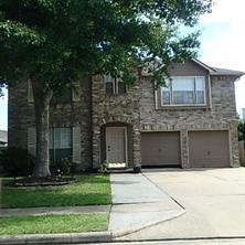 619 Oak Berry Drive, Kemah, TX 77565