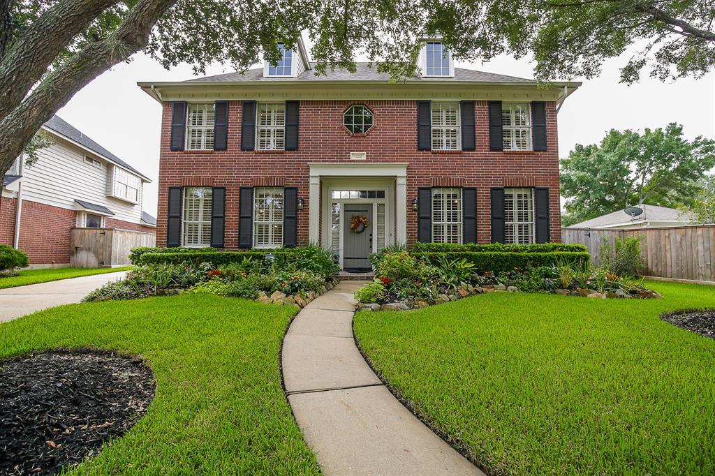 Homes for Sale in Sugar Land TX Under 400K | Mason Luxury ...