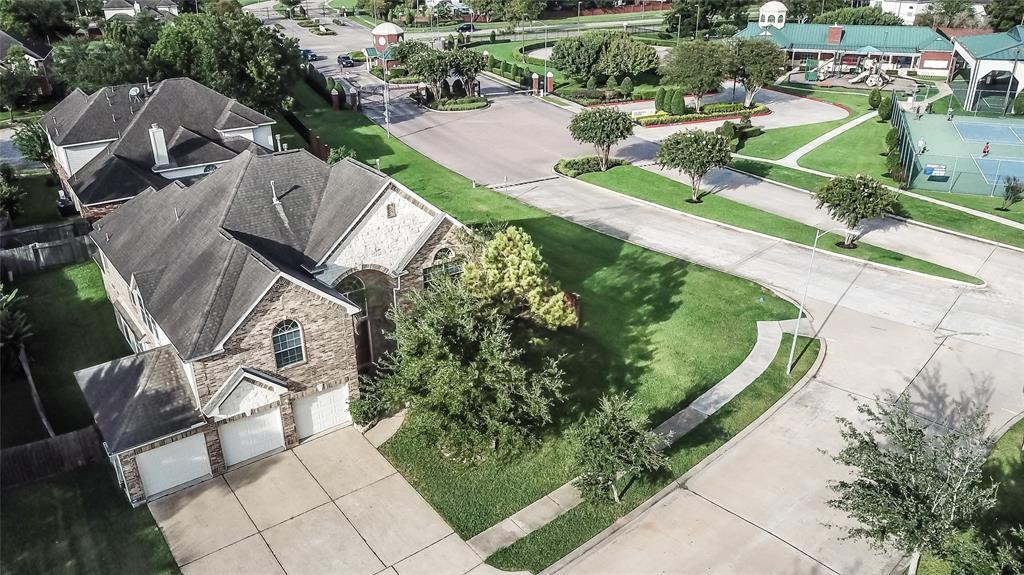 6011 Country Ridge Drive, Richmond, TX 77469