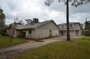 107 Cherry Tree Lane, Friendswood, TX 77546