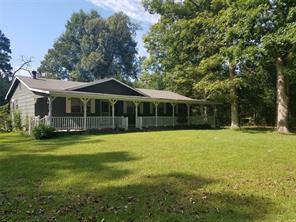 429 Beechcreek Wood, Livingston, TX 77351