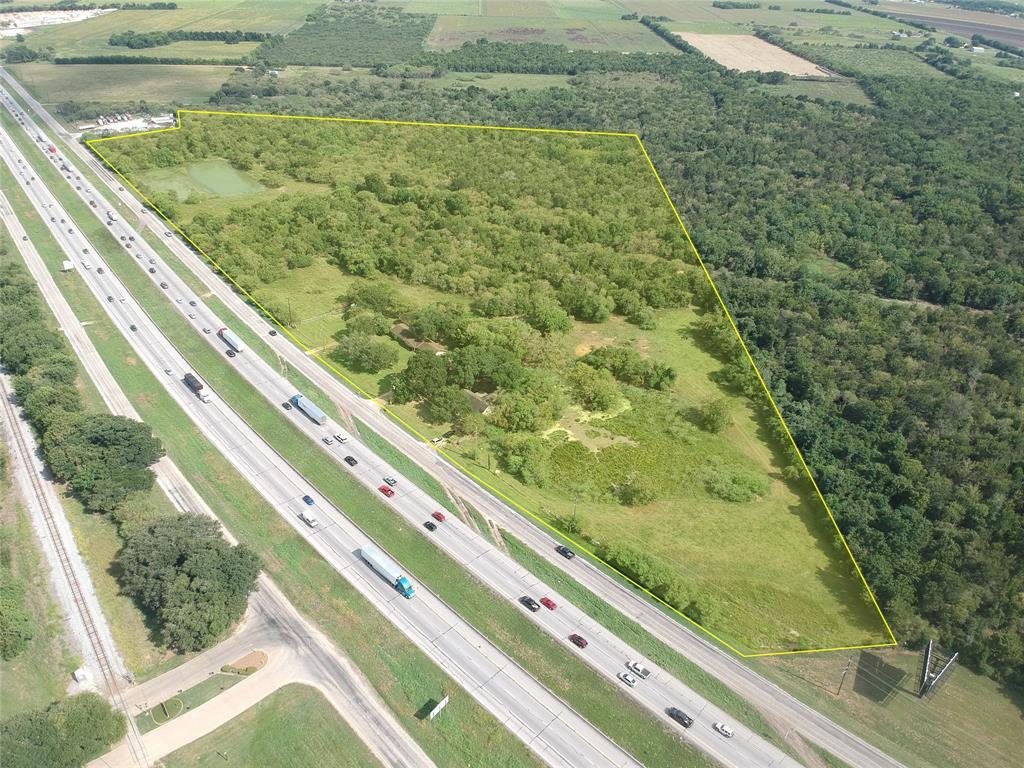5735 SE I-10 Frontage Road, Sealy, TX 77474