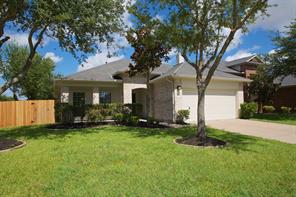2712 Shallow Falls Court, Pearland, TX 77584