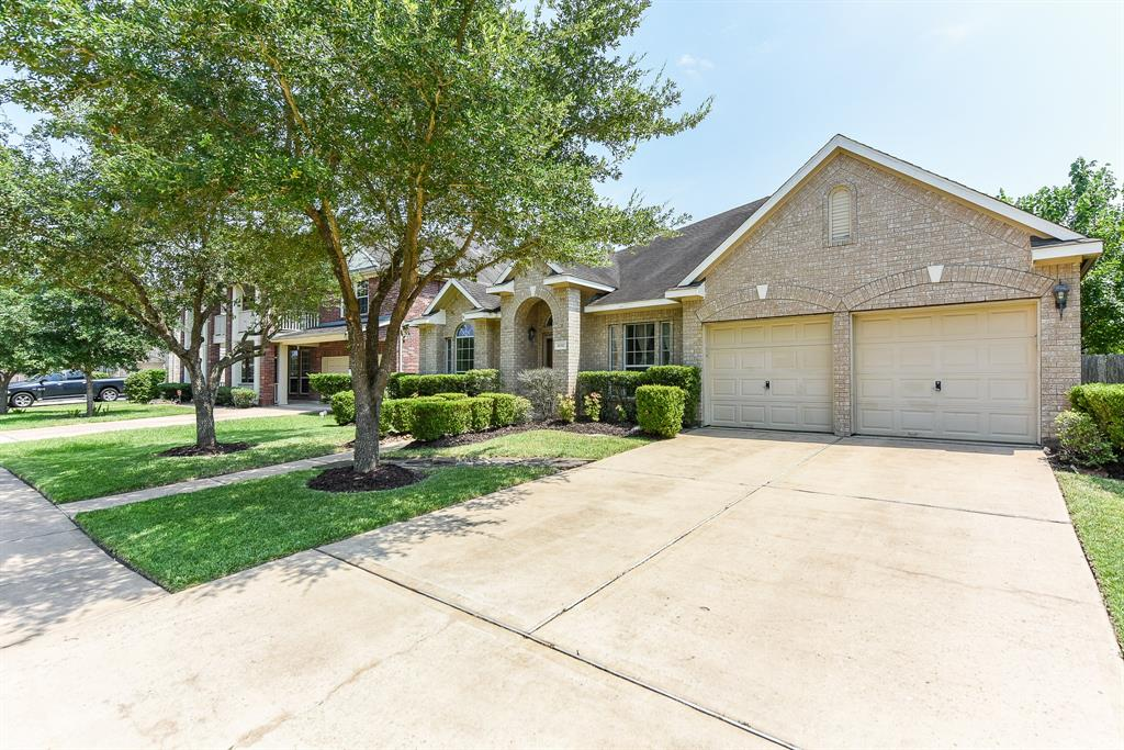 11312 Softbreeze Court Court, Pearland, TX 77584