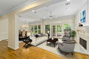 Houston Home at 23 Highland Circle The Woodlands , TX , 77381-3886 For Sale