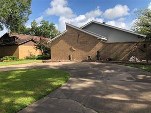3417 Glenmeadow Drive, Rosenberg, TX 77471