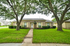 10318 sagelink circle, houston, TX 77089