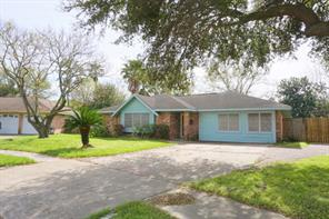 709 E Brown Lane, Deer Park, TX 77536