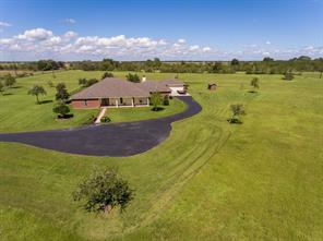 1449 Pear Orchard, Winnie TX 77665