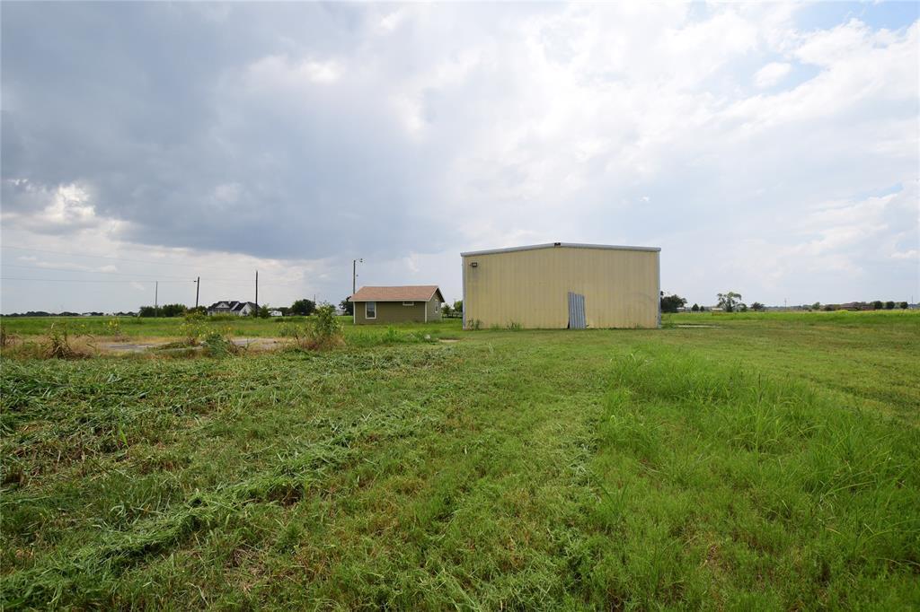 13127 Buls Road, East Bernard, TX 77435