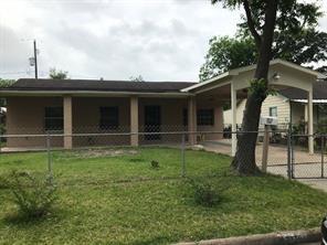 3010 earl street, pasadena, TX 77503
