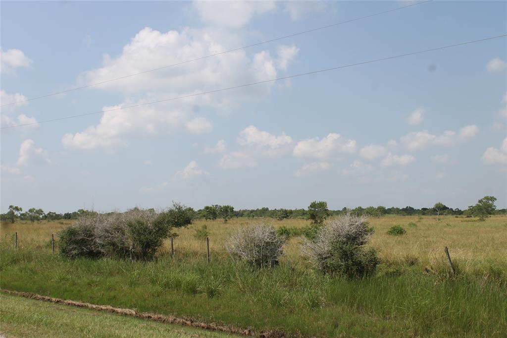 21970 Englin Road, Winnie, TX 77665