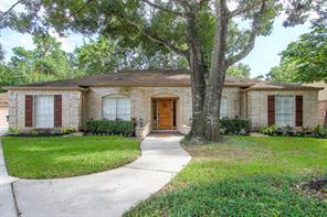 5807 Queensgate, Houston TX 77066