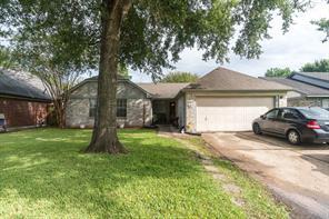 Houston Home at 10827 W Dogwood Drive La Porte , TX , 77571-4371 For Sale
