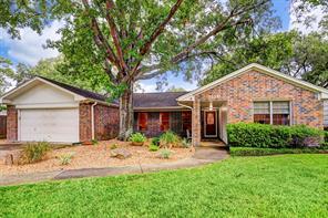 5126 Carew, Houston TX 77096