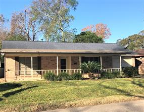 610 s gray avenue, west columbia, TX 77486