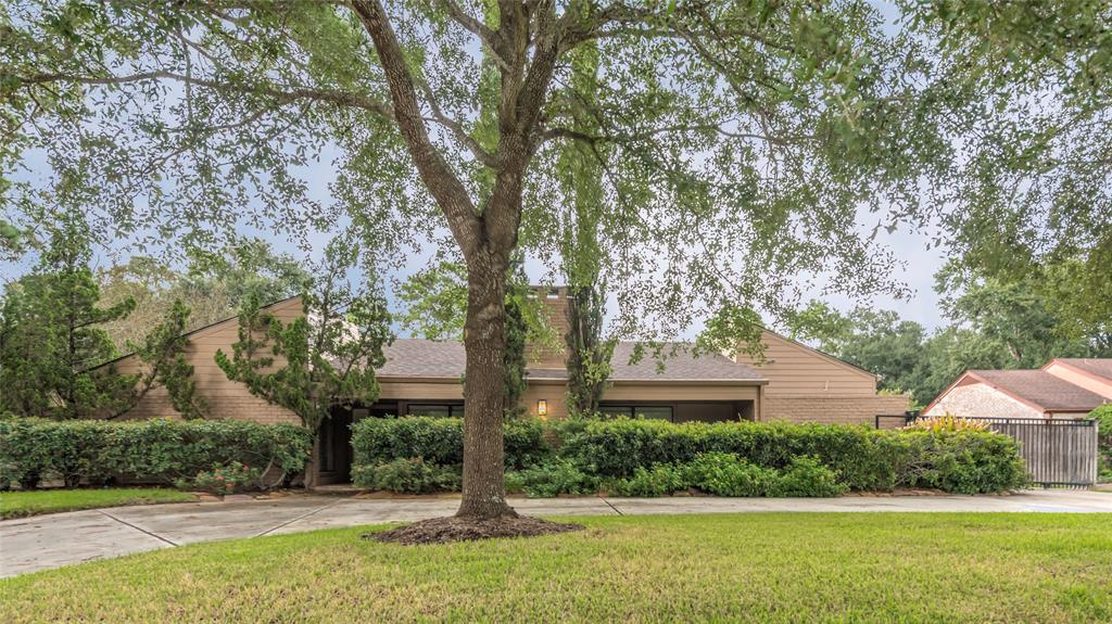 10102  Briar Forest Drive