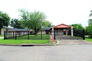 2530 John Ralston, Houston TX 77013