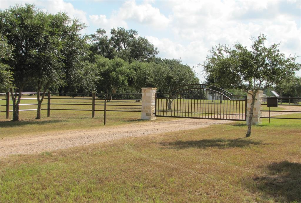 1141 Tipp Road, Cat Spring, TX 78933