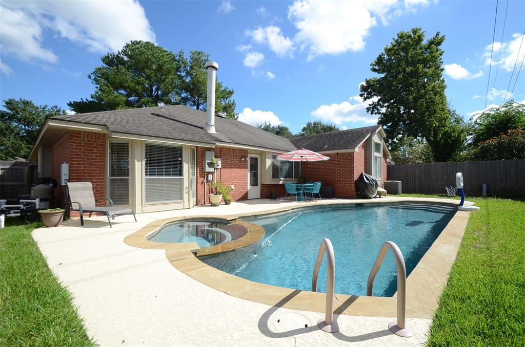 Homes for sale in katy tx with pool mason luxury homes - Houses for sale with a swimming pool ...
