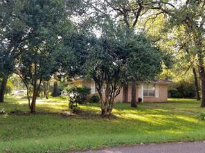 Houston Home at 19270 East Lakeshore Dr. Magnolia , TX , 77355 For Sale