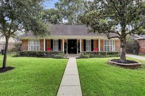 7811 meadowvale drive, houston, TX 77063