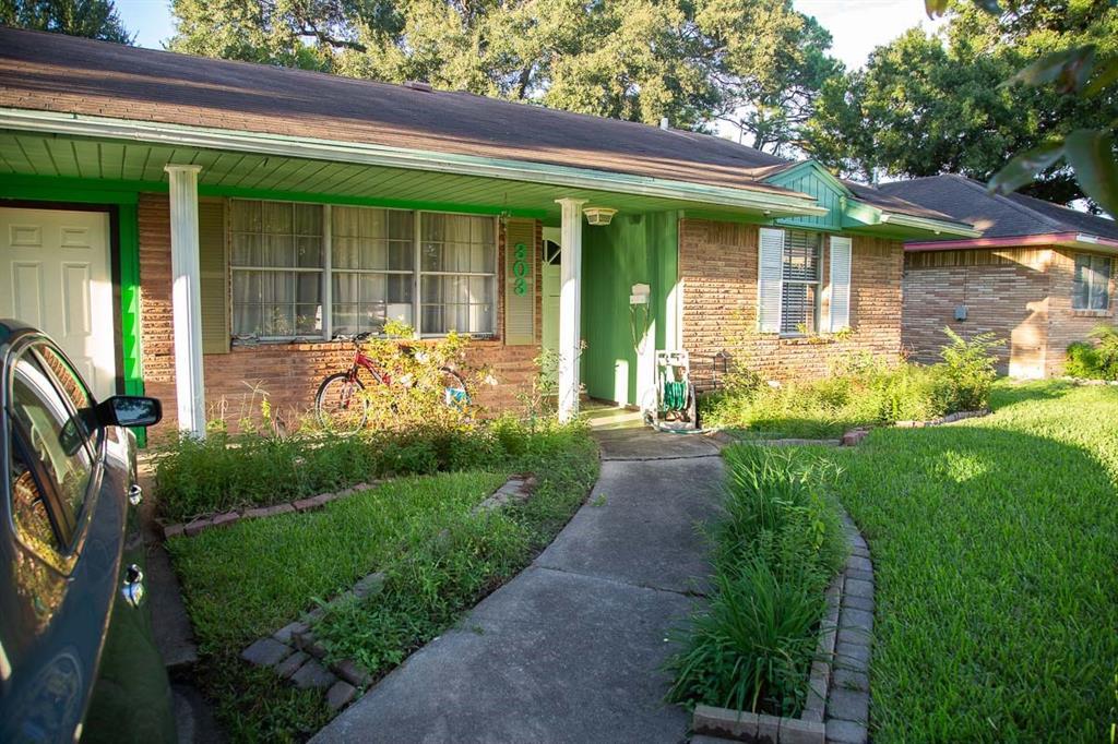 303 Weldon Street, South Houston, TX 77587