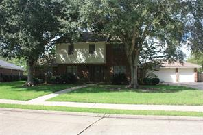 20 colony square, angleton, TX 77515