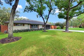 8010 mullins drive, houston, TX 77081